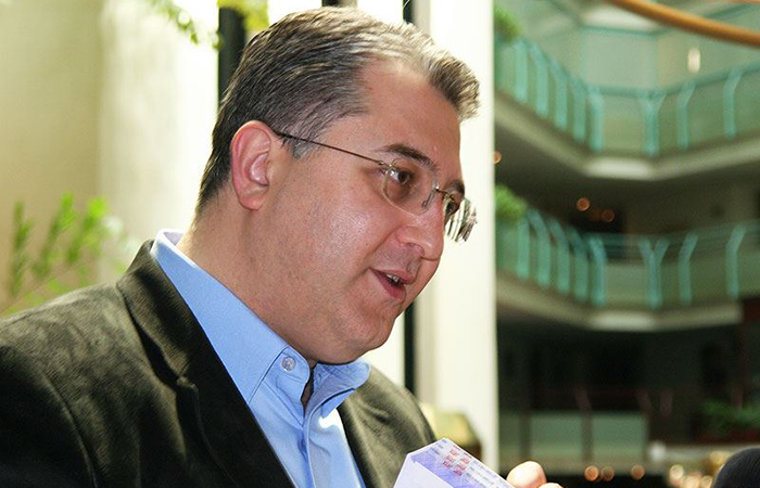 Соратник Бурджанадзе готов парализовать деятельность правительства Грузии