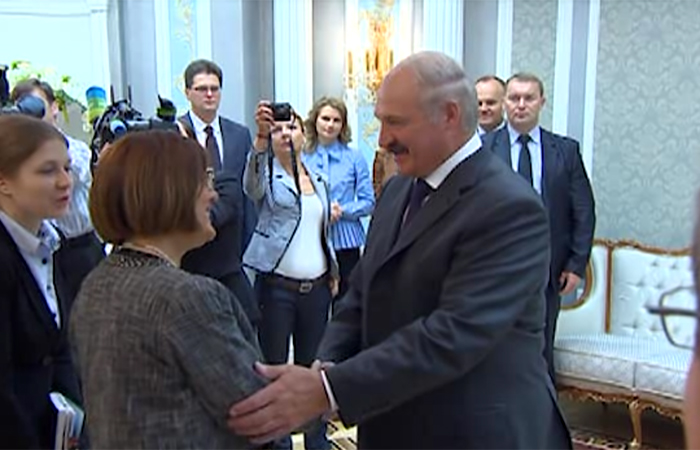 Майя Гойкович и Александр Лукашенко. Кадр: president.gov.by