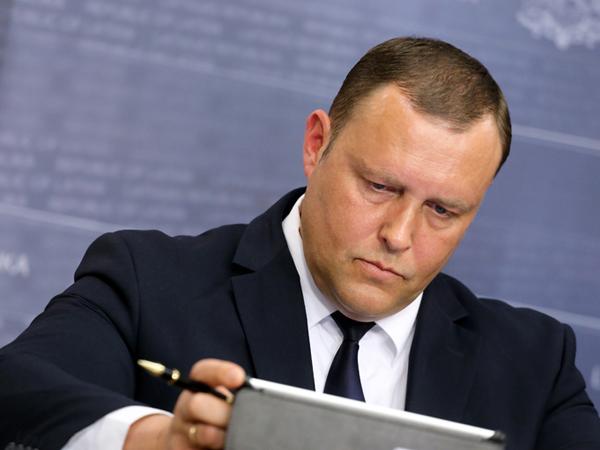 Глава МВД Латвии: Вопрос не в беженцах, а в их количестве