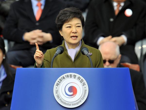 Президент Южной Кореи отменила визит в США из-за вспышки вируса MERS