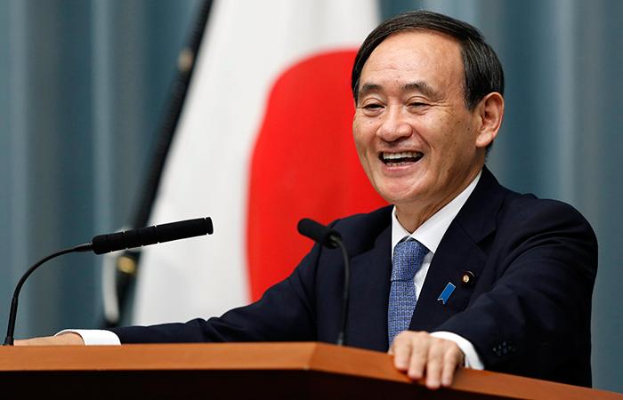 Картинки по запросу Генеральный секретарь японского правительства Суга