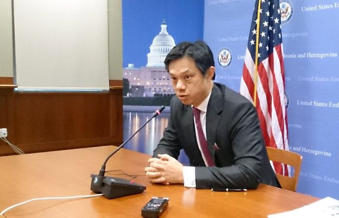 Заместитель помощника секретаря Государственного департамента США Хойт Брайан Йи.