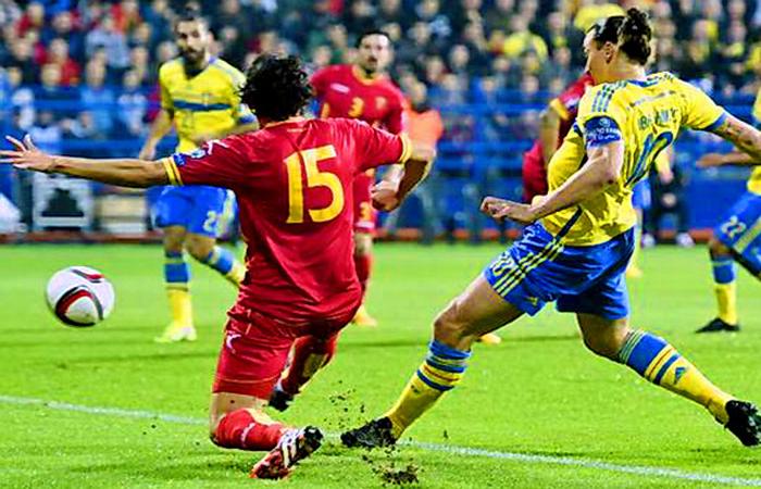 Сборная Швеции оторвалась от команды Фабио Капелло