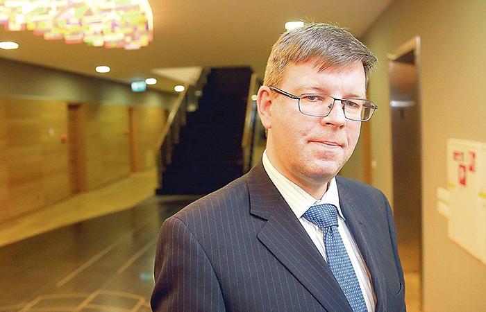 Посол Литвы: На Украине война идёт на двух фронтах