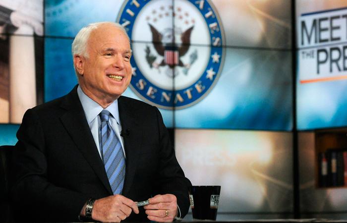 Председатель комитета по вооруженным силам сената Конгресса США Джон Маккейн.