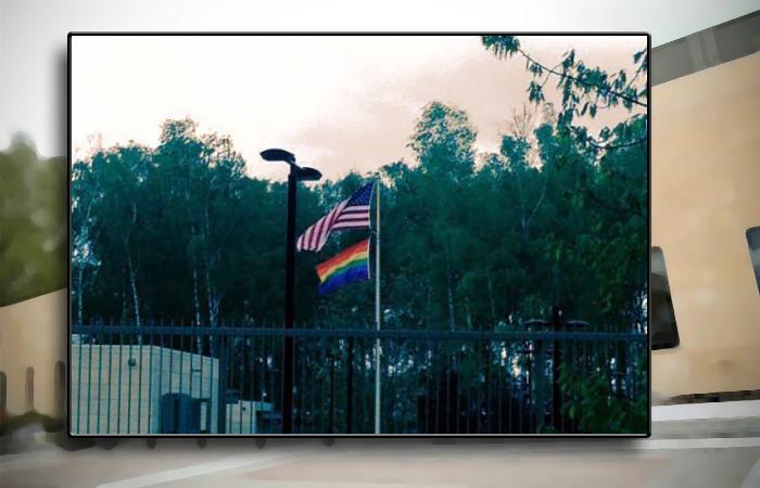 Посольство США в Латвии подняло «радужный флаг» в честь гей-фестиваля
