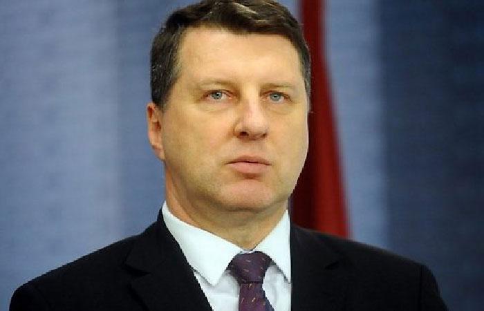 Раймонд Вейонис - президент Латвии.