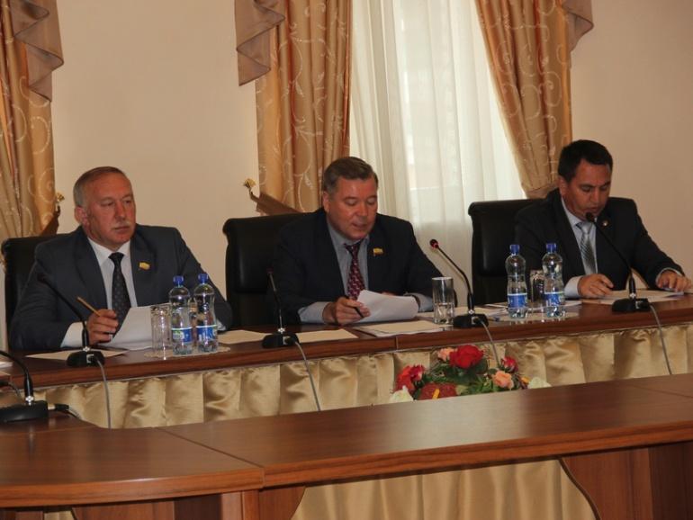 Заседание политсовета единороссов в Чувашии. Фото с сайта партии