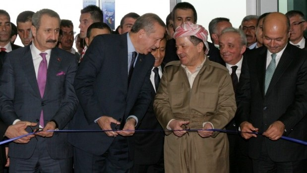 Президент Турции Реджеп Тайип Эрдоган и глава иракского Курдистана Масуд Барзани. Фото: eng.majalla.com