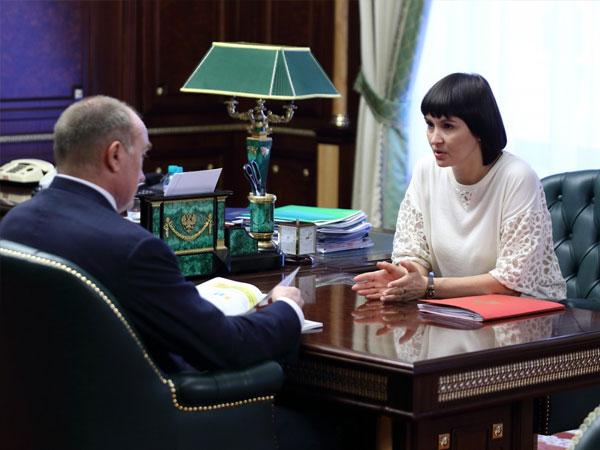 Губернатор Челябинской области Борис Дубровский, уполномоченный по правам ребёнка в Челябинской области Маргарита Павлова