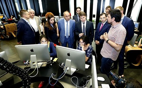 Делегация мэрии Москвы посетила центр креативных технологий в Ереване