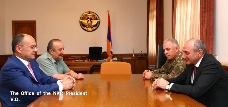Степанакерт и Ереван обсудили вопросы военного строительства