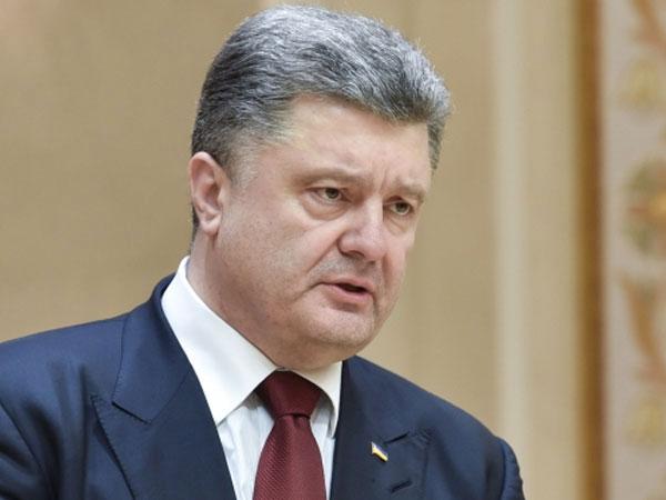Порошенко не считает нужным увольнять Яценюка с поста премьера Украины