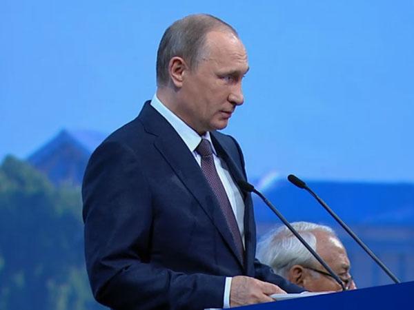 Путин: Необходимости создать целый класс гибко работающих госменеджеров