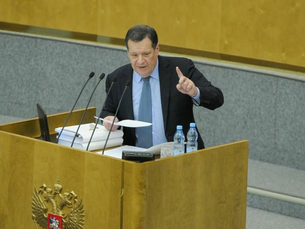 Глава комитета Государственной думы РФ по бюджету и налогам Андрей Макаров.