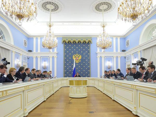 Медведев предложил до 2018 года ввести Единый реестр памятников