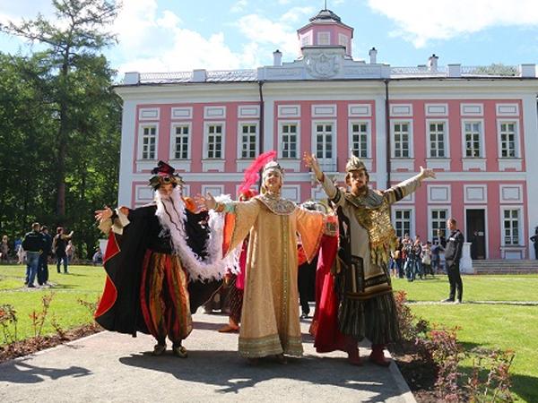 В подмосковных Вязёмах отметили день рождения Пушкина