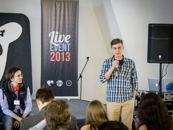 Пресс-секретарь социальной сети «ВКонтакте» Георгий Лобушкин.