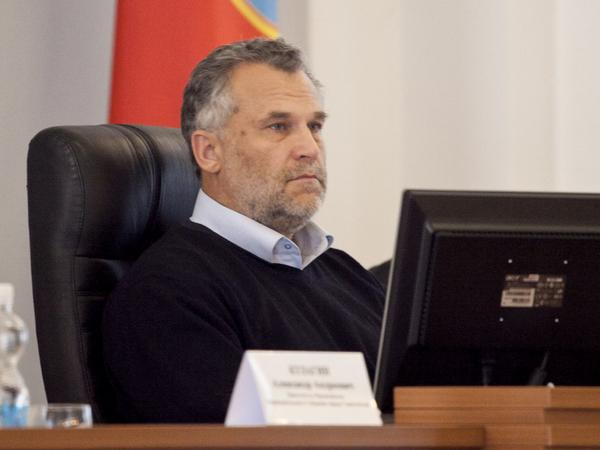 Председатель законодательного собрания Алексей Чалый.