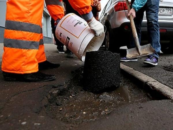В подмосковной Дубне некому ремонтировать дороги