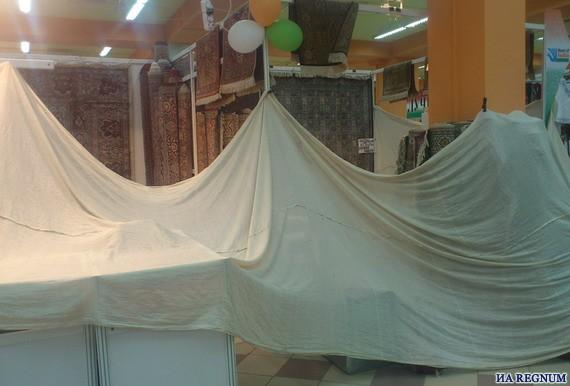 Чебоксары, 2013 год. Выставка-ярмарка индийских товаров закрылась после задержания организаторов и участников