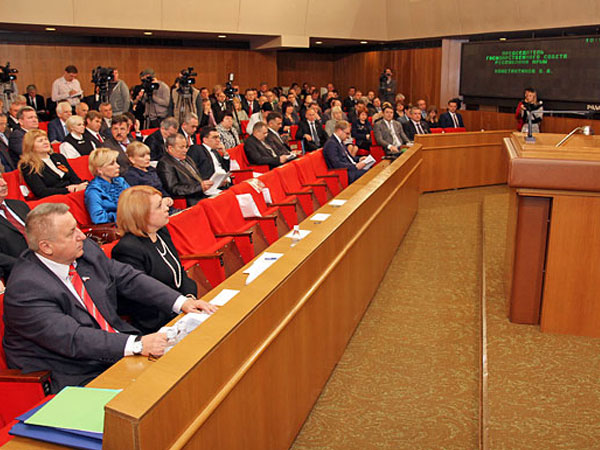 Предприятия Крыма могут освободить от уплаты госпошлин за перерегистрацию
