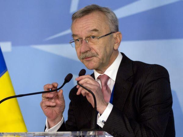 Замминистра обороны Украины по вопросам «евроинтеграции» Игорь Долгов.