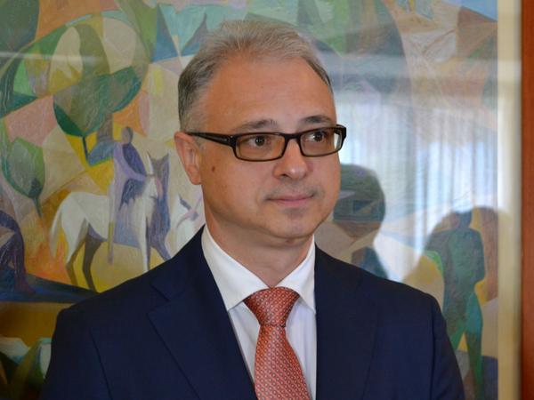 Посол Украины в Италии Евгений Перелыгин.