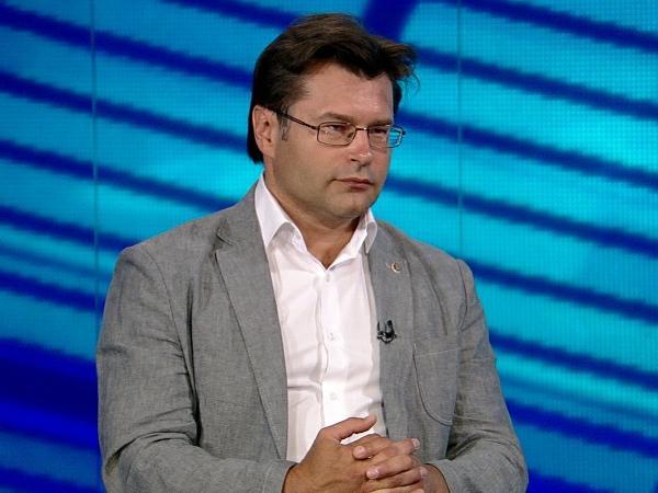 Генеральный директор Центра политической информации Алексей Мухин. кадр: russian.rt.com
