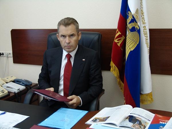 Павел Астахов разбирается в  Тюмени с гибелью многодетной матери