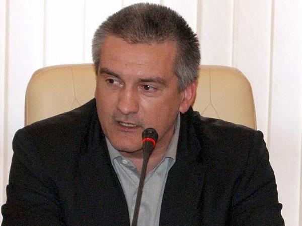 Аксенов принял отставку министра экономического развития Крыма