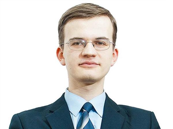 Руководитель аналитического отдела Romanov Capital Павел Щипанов.