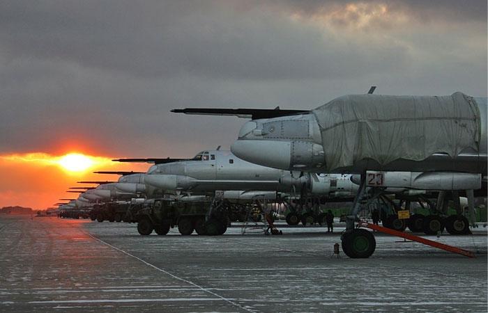 В Амурской области загорелся при взлете ракетоносец Ту-95, есть жертвы