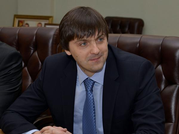 Руководитель Федеральной службы по надзору в сфере образования и науки Сергей Кравцов.