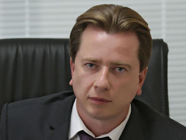 Первый заместитель председателя комитета Госдумы по образованию Владимир Бурматов.