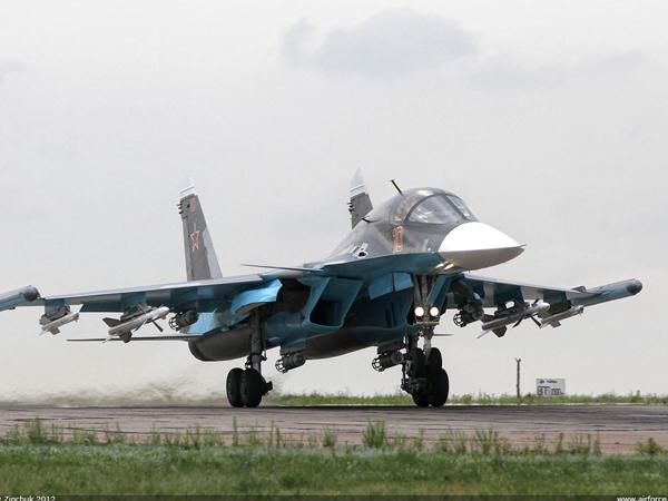 СМИ: Новейший Су-34 получил сильные повреждения из-за аварийной посадки