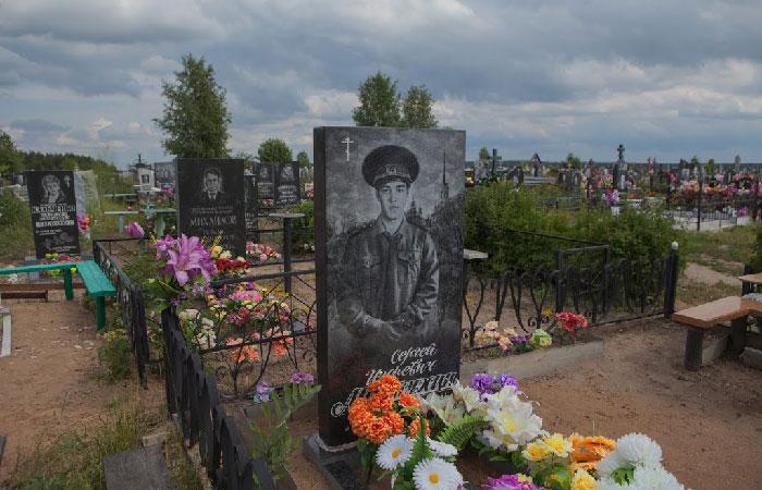 Кладбище в Ивановской области.