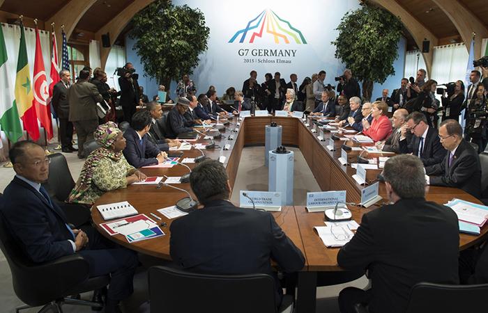 Меркель: G7 не обсуждала санкции против России