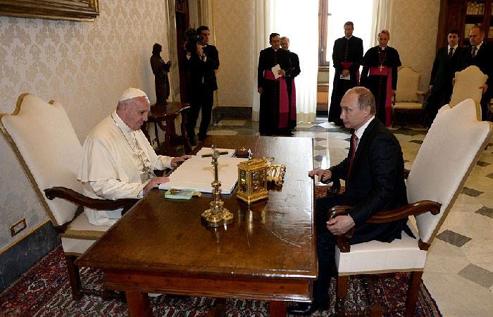 В Ватикане прошла встреча Владимира Путина с Франциском I