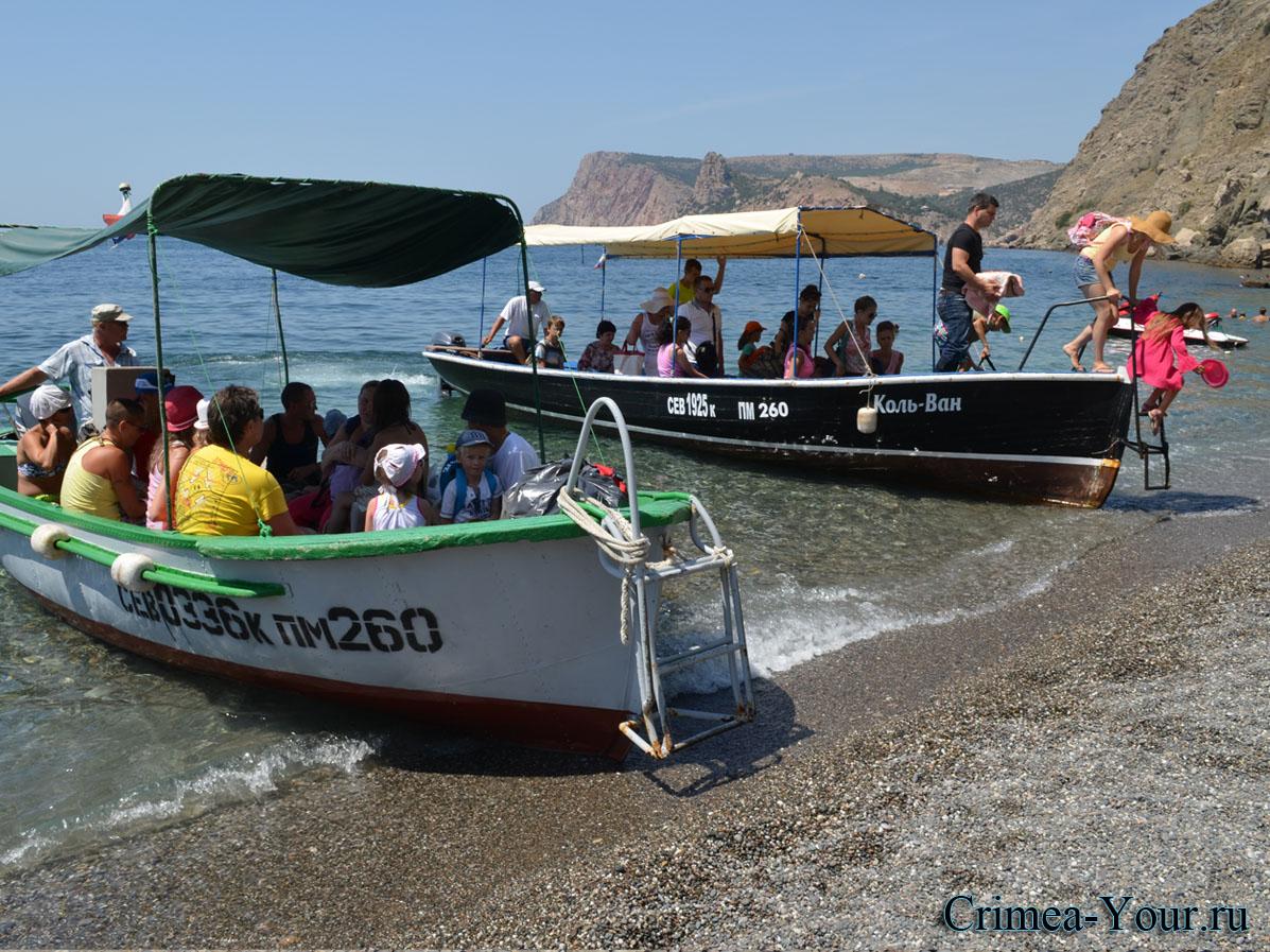 С 1 июня в Севастополе морские прогулки на туристических катерах незаконны