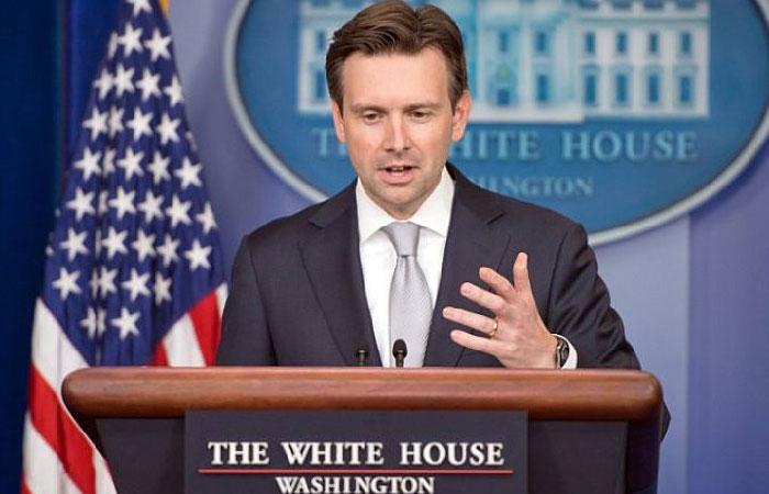 Джош Эрнест - пресс-секретарь Белого дома.