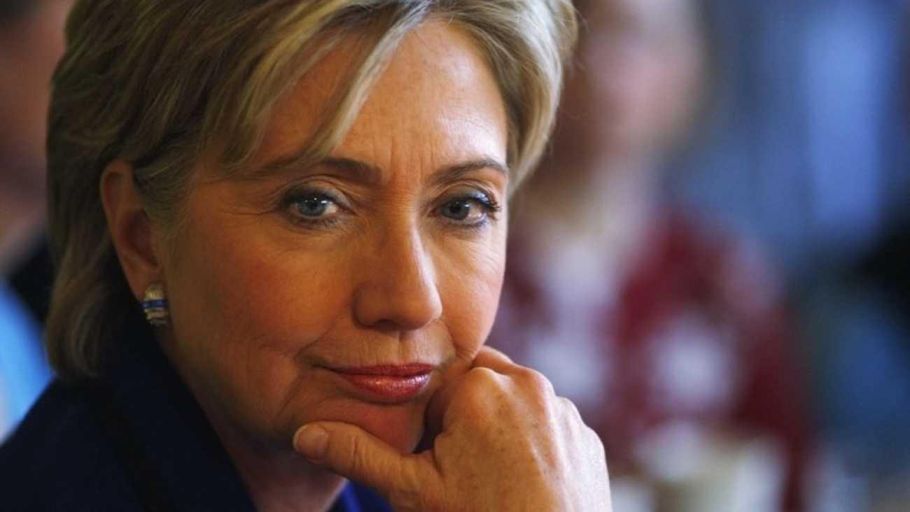 Зачем Хиллари Клинтон электрический стул?