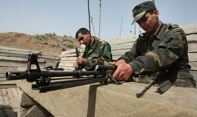 В зоне нагорно-карабахского конфликта сохраняется относительное затишье
