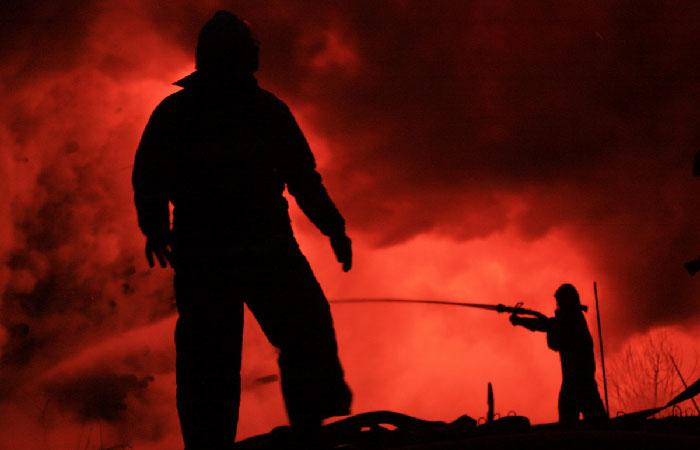 Масштабный пожар в Киевской области— горит нефтебаза