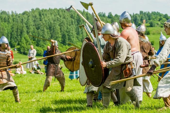 Гостей псковского фестиваля «Исаборг» научат рецептам средневековой кухни