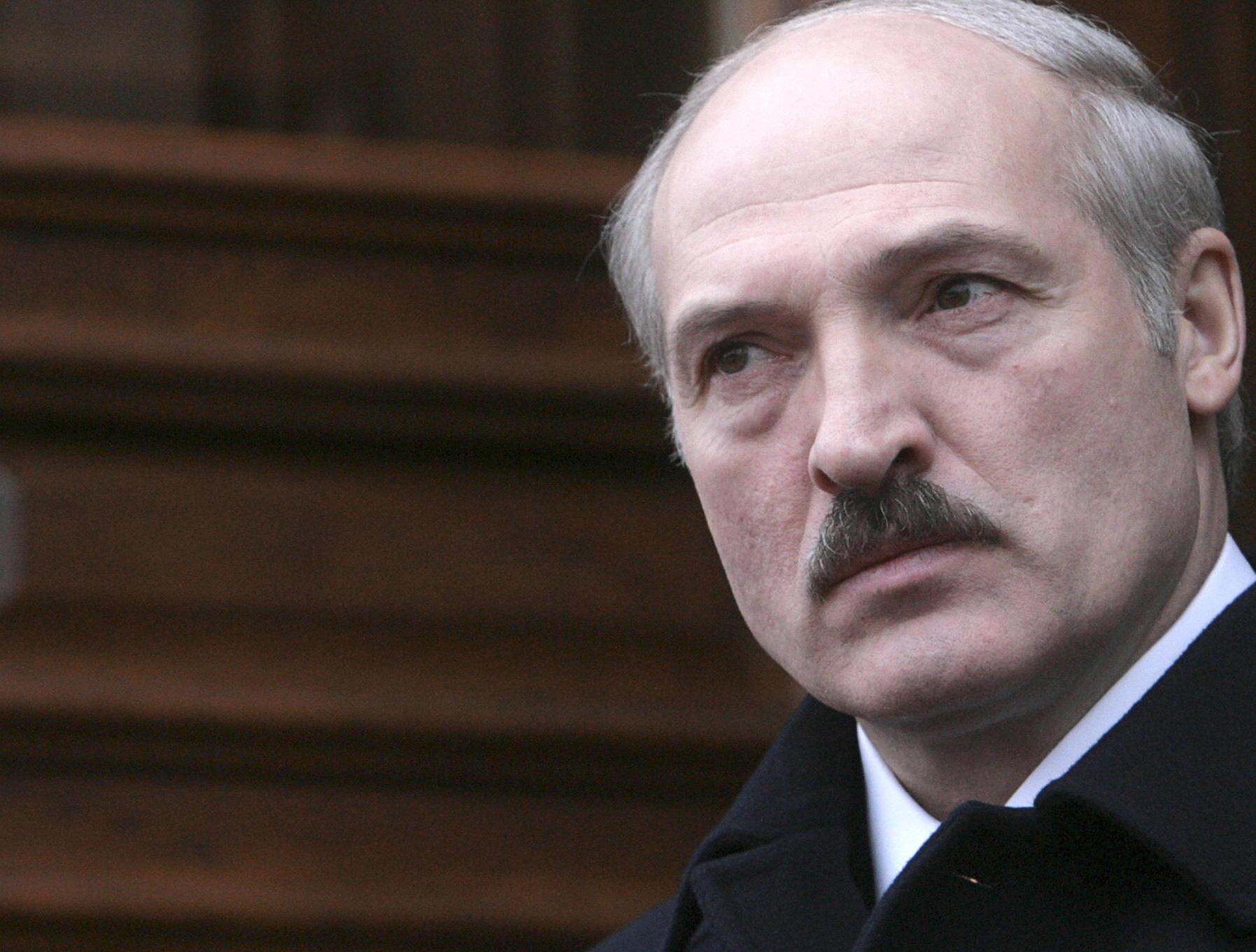 Обама продлил санкции США против Белоруссии ещё на год