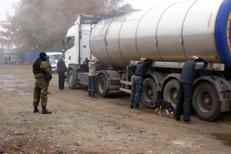 Нелегальное предприятие по реализации нефтепродуктов закрыто в Подмосковье