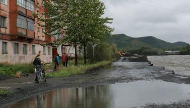 На Колыме в одном из районов введен режим ЧС из-за дождей