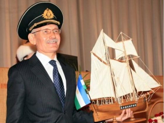 Рустэм Хамитов (фото: www.rg.ru)