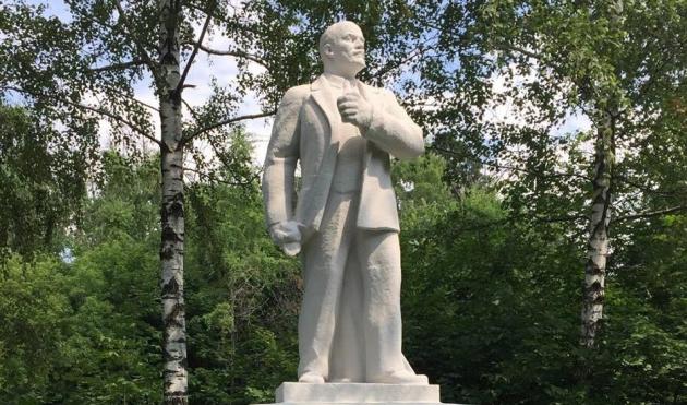 В подмосковном Долгопрудном собирают советские скульптуры